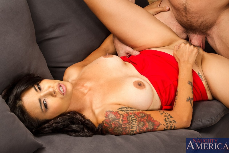 Naughty America 'in My Friend's Hot Girl' starring Dana Vespoli (Photo 6)