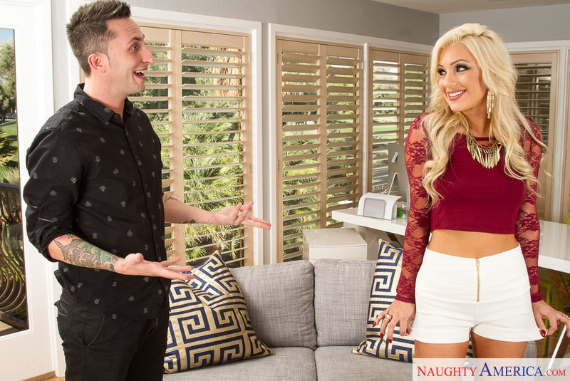 Naughty America 'in Neighbor Affair' starring Cameron Dee (Photo 1)
