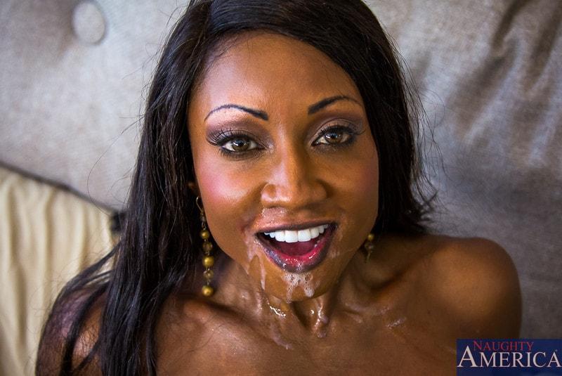 Naughty America 'in My Friends Hot Mom' starring Diamond Jackson (Photo 12)