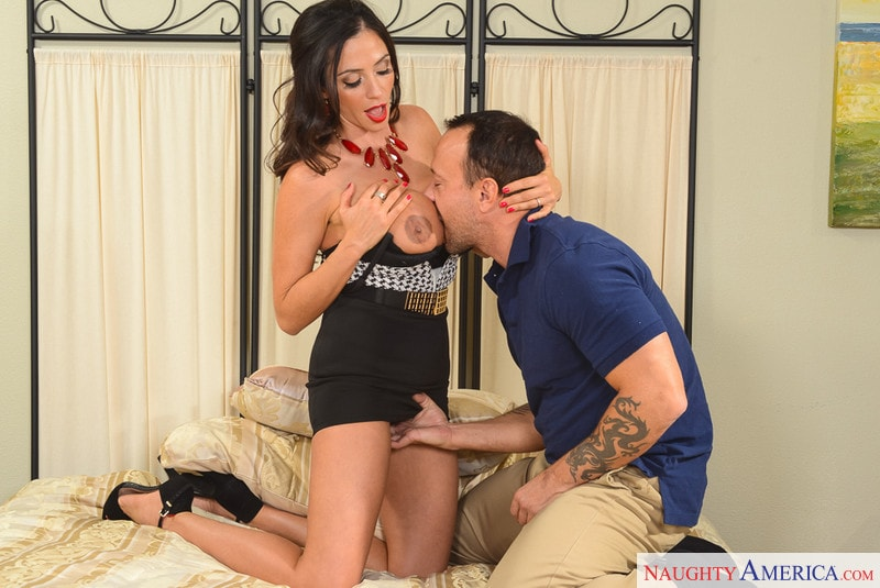 Naughty America 'in My Girlfriend's Busty Friend' starring Ariella Ferrera (Photo 2)
