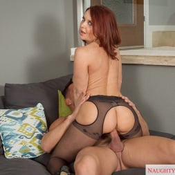 Janet Mason in 'Naughty America' in My Friends Hot Mom (Thumbnail 10)