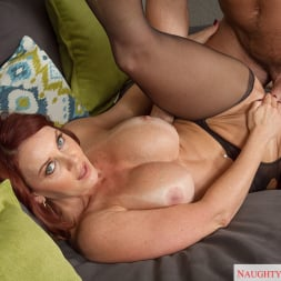 Janet Mason in 'Naughty America' in My Friends Hot Mom (Thumbnail 13)