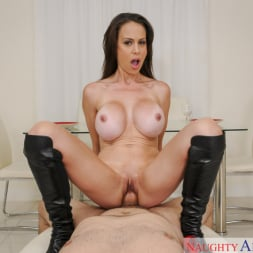 McKenzie Lee in 'Naughty America' and Preston Parker in Housewife 1 on 1 (Thumbnail 4)