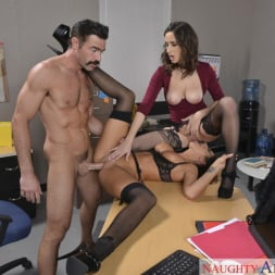 Ashley Adams in 'Naughty America' and August Ames and Charles Dera in Naughty Office (Thumbnail 4)