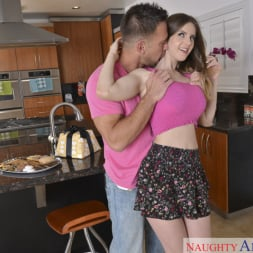 Stella Cox in 'Naughty America' and Johnny Castle in My Friend's Hot Girl (Thumbnail 1)