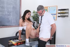 Jade Amber and Criss Simon in Naughty Bookworms (Thumb 08)
