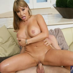 Ava Devine in 'Naughty America' and Jordan Ash in My Friends Hot Mom (Thumbnail 7)