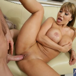 Ava Devine in 'Naughty America' and Jordan Ash in My Friends Hot Mom (Thumbnail 13)