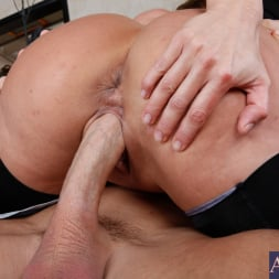 Ava Devine in 'Naughty America' and Johnny Sins in Seduced by a cougar (Thumbnail 7)