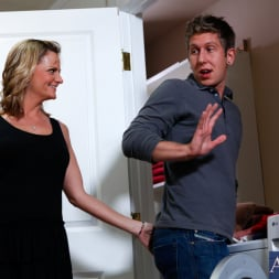 Becca Blossoms in 'Naughty America' and Danny Wylde in My Friends Hot Mom (Thumbnail 2)