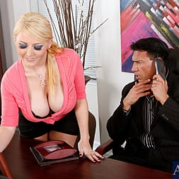 Sophie Dee in 'Naughty America' and Marco Banderas in Naughty Office (Thumbnail 1)