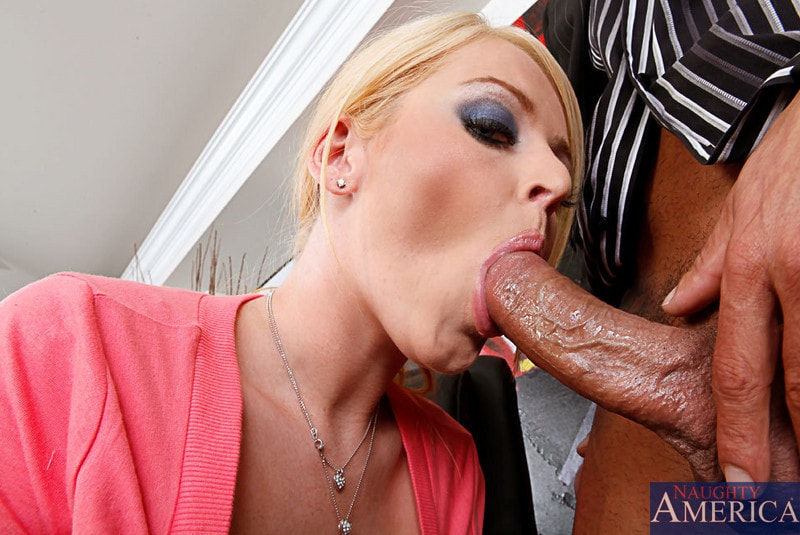 Naughty America 'and Marco Banderas in Naughty Office' starring Sophie Dee (Photo 4)