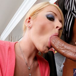 Sophie Dee in 'Naughty America' and Marco Banderas in Naughty Office (Thumbnail 4)