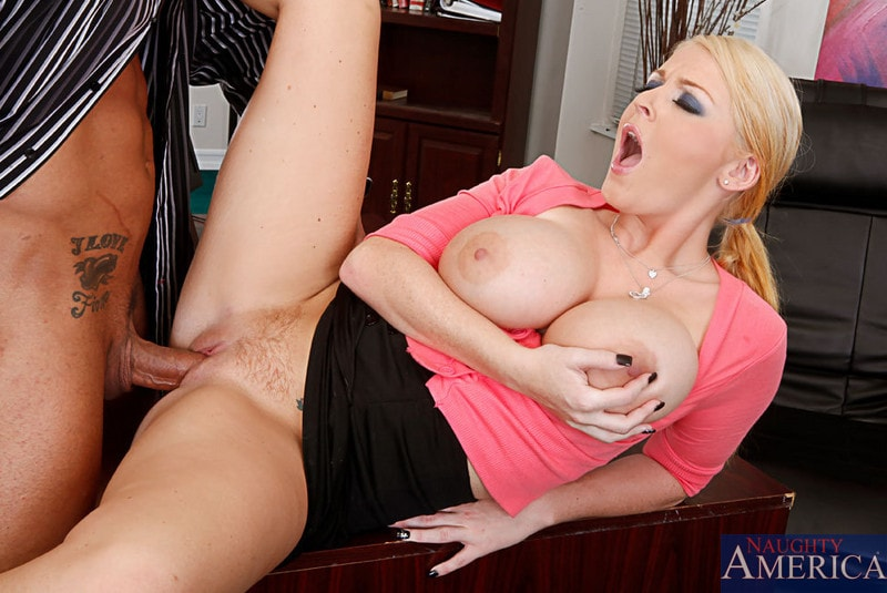 Naughty America 'and Marco Banderas in Naughty Office' starring Sophie Dee (Photo 7)