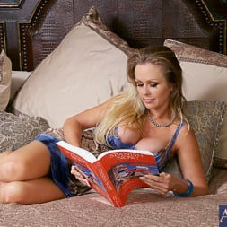 Dyanna Lauren in 'Naughty America' and Mick Blue in My Friends Hot Mom (Thumbnail 1)