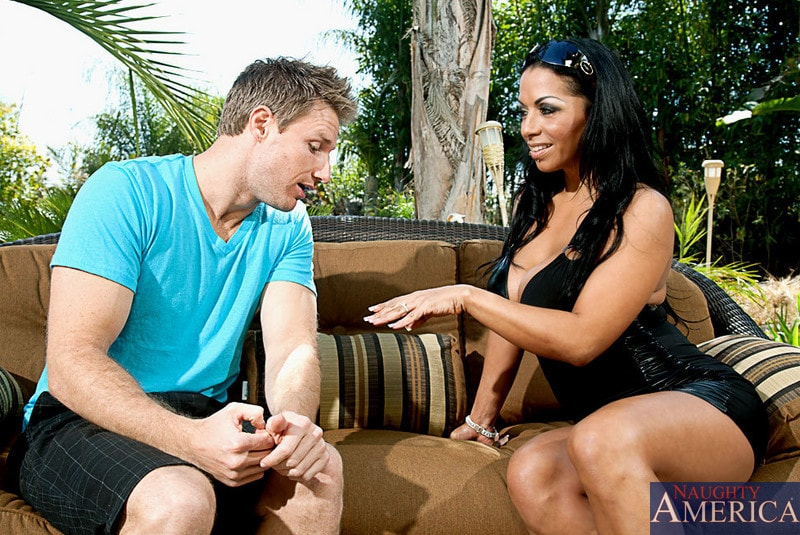 Naughty America 'and Levi Cash in Latin Adultery' starring Mercedes Ashley (Photo 1)