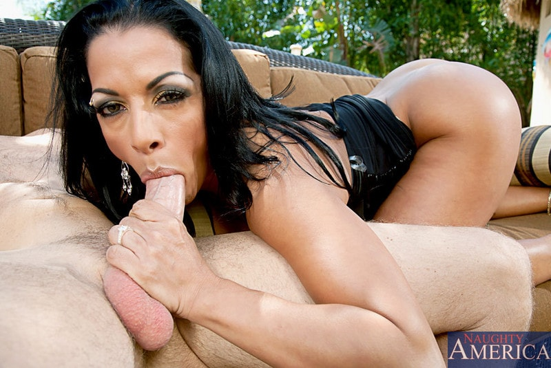 Naughty America 'and Levi Cash in Latin Adultery' starring Mercedes Ashley (Photo 5)