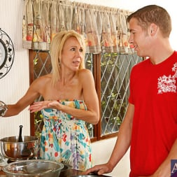 Erica Lauren in 'Naughty America' and Chris Johnson in My Friends Hot Mom (Thumbnail 1)