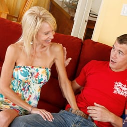 Erica Lauren in 'Naughty America' and Chris Johnson in My Friends Hot Mom (Thumbnail 2)