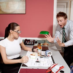 Kortney Kane in 'Naughty America' and Levi Cash in Naughty Office (Thumbnail 1)