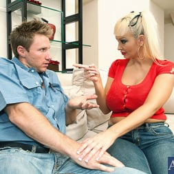 Brittany O'Neil in 'Naughty America' and Levi Cash in My Wife's Hot Friend (Thumbnail 2)