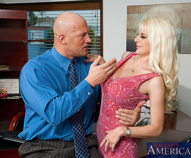 Naughty America 'and Christian in My Wife's Hot Friend' starring Sandy Simmers (Photo 2)