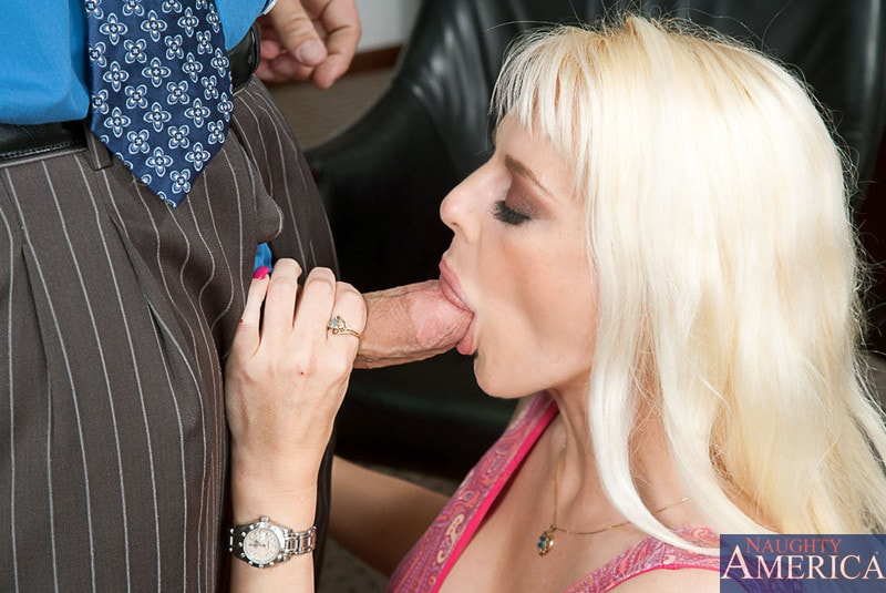 Naughty America 'and Christian in My Wife's Hot Friend' starring Sandy Simmers (Photo 3)