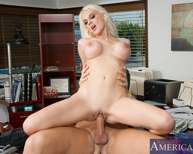 Naughty America 'and Christian in My Wife's Hot Friend' starring Sandy Simmers (Photo 14)