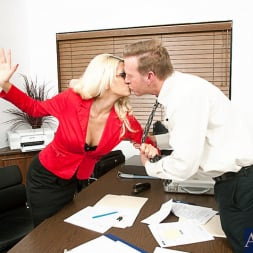 Jazy Berlin in 'Naughty America' and Mark Wood in Naughty Office (Thumbnail 2)