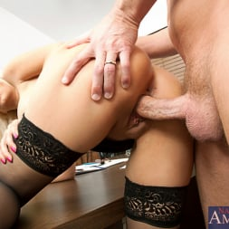 Jazy Berlin in 'Naughty America' and Mark Wood in Naughty Office (Thumbnail 9)