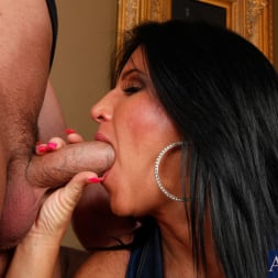 Kendra Secrets に 'Naughty America' and Will Powers in My Friends Hot Mom (サムネイル 3)