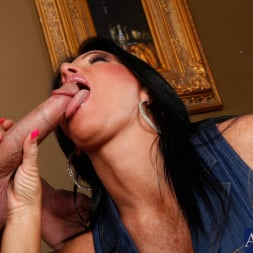 Kendra Secrets に 'Naughty America' and Will Powers in My Friends Hot Mom (サムネイル 4)