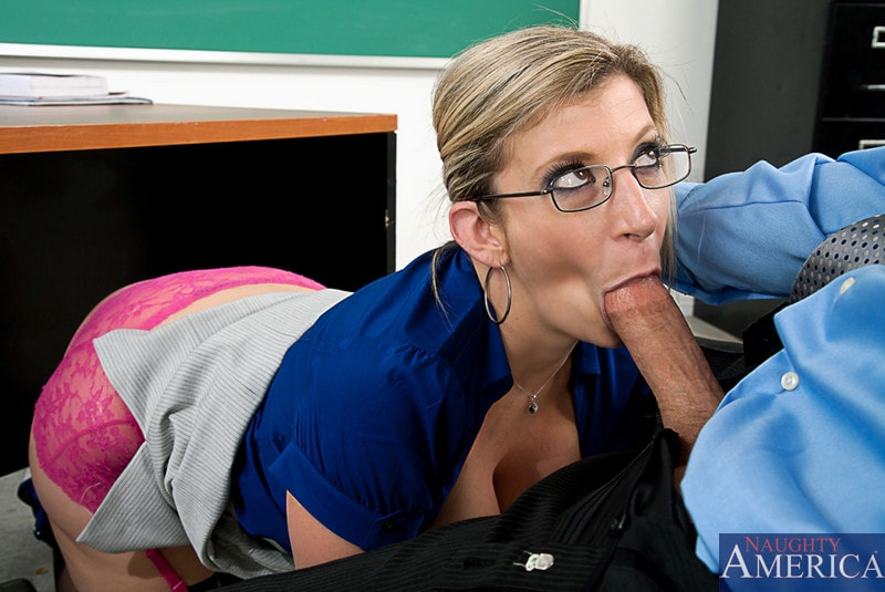 Naughty America 'and Chris Johnson in My First Sex Teacher' starring Sara Jay (Photo 4)