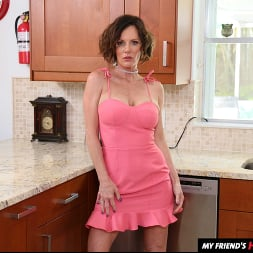 Ainsley Adams in 'Naughty America' My Friend's Hot Mom (Thumbnail 112)