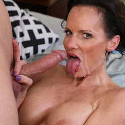 Ainsley Adams in 'Naughty America' My Friend's Hot Mom (Thumbnail 160)