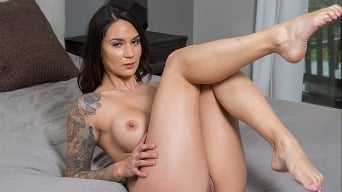 Alexis Zara in 'fucks her trainer and best friend's husband'