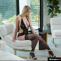 Amber Moore in 'Naughty America' loves older men and their cocks (Thumbnail 182)