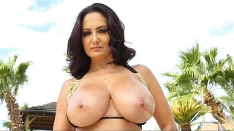 Ava Addams In 'fucks her son's friend'