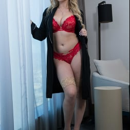 Blake Blossom in 'Naughty America' I Have a Wife (Thumbnail 1)