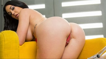 Brooke Beretta in 'Brooke Beretta's massive Tits and Ass'