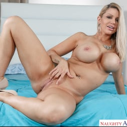 Brooklyn Chase in 'Naughty America' Mrs. Creampie (Thumbnail 132)