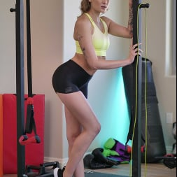 Charlotte Sins in 'Naughty America' gets her workout on a cock!! (Thumbnail 1)