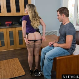 Cory Chase in 'Naughty America' gives student tips on making a women's pussy dripping wet (Thumbnail 223)