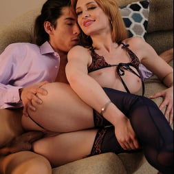 Daisy Stone in 'Naughty America' cucks her husband then tells him about it as they fuck (Thumbnail 240)