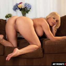 Dana DeArmond in 'Naughty America' finds out her son's friend is bigger than her dildo (Thumbnail 135)