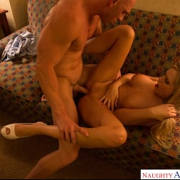 Darcy Tyler in 'Naughty America' College Sugar Babes (Thumbnail 24)