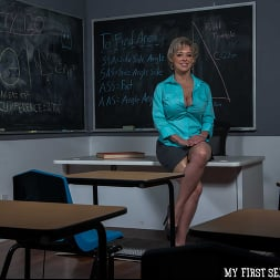 Dee Williams in 'Naughty America' My First Sex Teacher (Thumbnail 234)