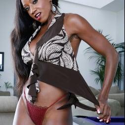 Diamond Jackson in 'Naughty America' My Friend's Hot Mom (Thumbnail 216)