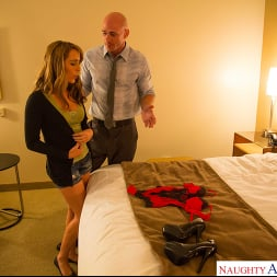 Ella Milano in 'Naughty America' has a big dick arrangement to pay for college -- but can she handle it (Thumbnail 18)