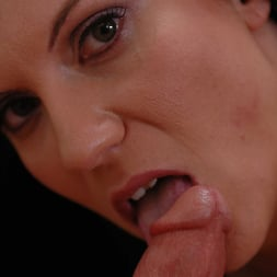 Elle Cee in 'Naughty America' takes a young cock (Thumbnail 12)